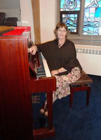 Mary Schubich : Organist